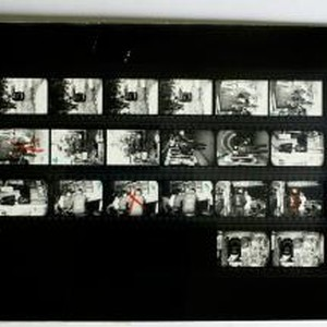 Overseas Weekly Contact Sheet 14239