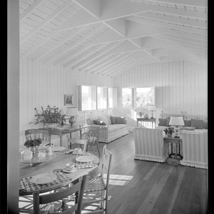 Bissinger, Mr. and Mrs. McKinley, residence. Dining room and Living room