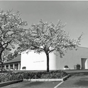 Civic Center Branch of the Chula Vista Public Library 1