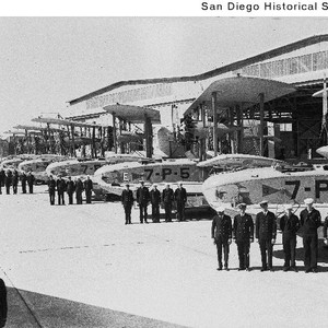 Sailors standing in front of seaplanes at the North Island Naval Air ...