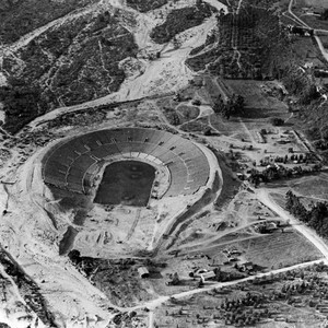 Construction of the Rose Bowl