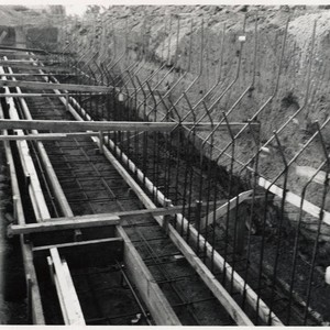 Construction of the Santa Monica Municipal Pool showing copper water stop and ...