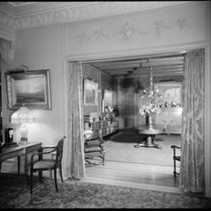 Rare book room, Doheny Mansion, Chester Place, Los Angeles, Calif., 1933