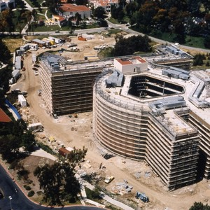 Construction of the Science Library.