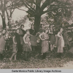 Indian maidens in the Spirit of California Pageant, one of the youth ...