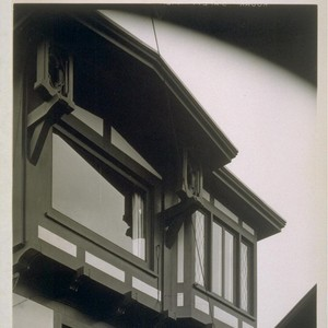 Roos House, San Francisco: [exterior, detail of bay windows]