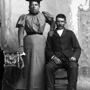 1895 Portrait of unidentified couple in New Mexico