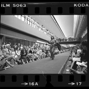 Fashion Show At Pacific Design Center Harriet Selwyn Design Shown Los Angeles Calif 1976 Calisphere