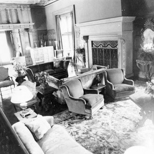 Harold Lloyd mansion living room