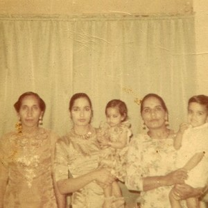 Dhami Family Women