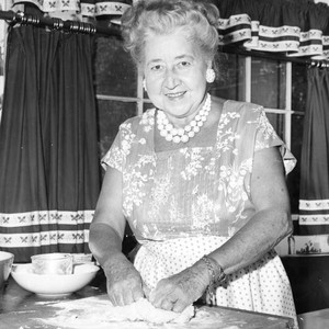 Verna Felton takes time for cooking