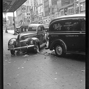 [Scene of an automobile accident at Market Street east of Jones]