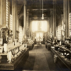 [Interior of the Pavilion of Siam at the Panama-Pacific International Exposition]