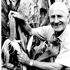 George Beadle with prize corn