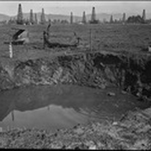Pit 3. After storm of February 18-21, 1914. (RLB-55)