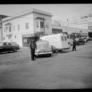 [Scene of an automobile accident on Fulton and Divisadero]