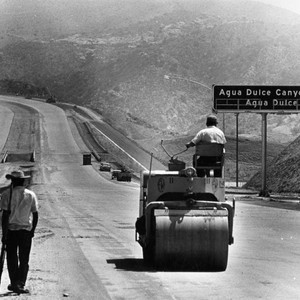 Workmen finish Antelope Valley freeway's first link in preparation for dedication today-16 ...