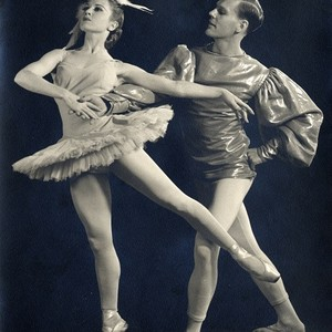 "Lew Christensen and Janet Reed in W. Christensen's ""Swan Lake"""