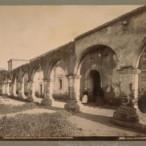 Mission San Juan Capistrano, Cal., founded in 1776, ruins of the cloisters. ...