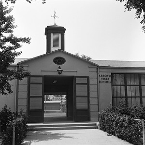 Arroyo Vista School Entrance