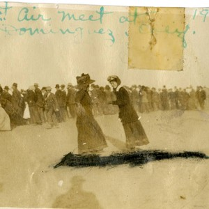Women at 1910 Air Meet