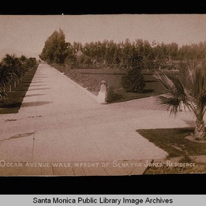 Ocean Avenue and the walkway in front of Miramar, home of Senator ...
