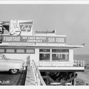 Canfield's Big Rock Caf� on Pacific Coast Highway, Malibu, Calif
