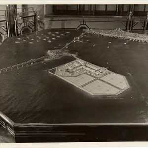 [Model showing the completion of the Bay Bridge, Golden Gate International Exposition ...