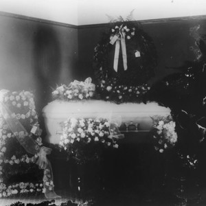 Irvin Bobst's Infant in Coffin, Anaheim. [graphic]