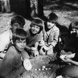 Maidu Indian children of Berry Creek