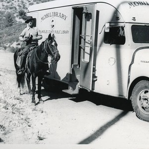 Antelope Valley Bookmobile, Antelope Valley, California
