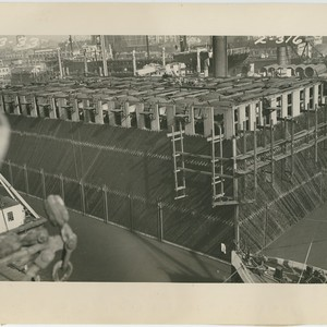 World's largest caisson at Moore Dry Docks, Oakland, ready for toweing to ...