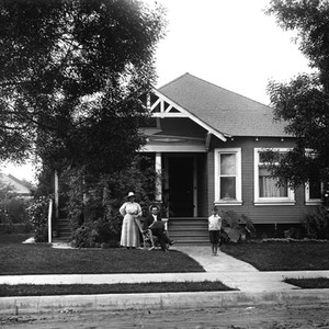 Edward Cochem's residence at 982 E 42nd Street, Los Angeles, California: Photograph