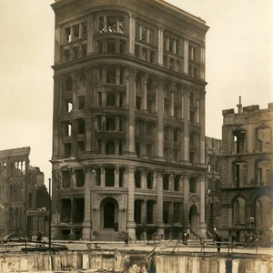 Mutual Life Building, San Francisco Earthquake and Fire, 1906 [photograph]