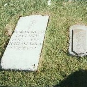 Tule Lake Linkville Cemetery Project 1989: Old Memorial Marker