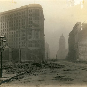 James Flood Building and Market Street, San Francisco Earthquake and Fire, 1906 ...