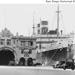 The SS Pennsylvania docked at the Broadway pier