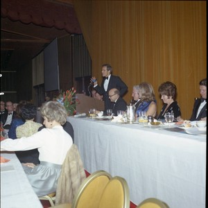 William Banowsky speaking at Pepperdine's Birth of a College dinner, 1970