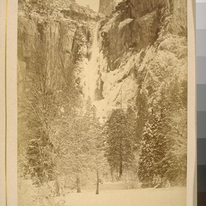 [Yosemite Valley in snow]