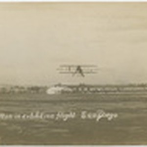Hamilton in exhibition flight, San Diego
