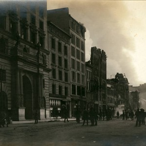 Market Street, between Third and Fourth Streets, San Francisco Earthquake and Fire, ...