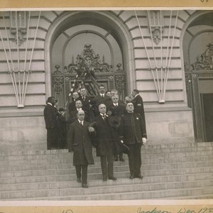 Funeral of Dorman and Jackson, Dec. 1920. Leaving the City Hall, Mayor ...