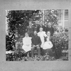Sarah Anne Jane Locke Smith and husband William Thomas Smith and their ...