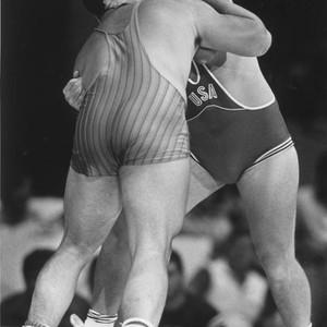 Jeff Blatnick grapples to gold
