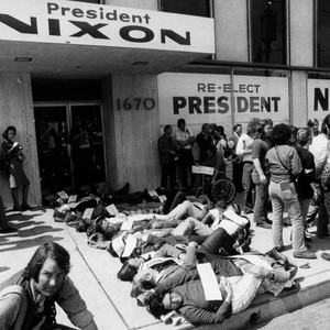 Protest at Nixon offices
