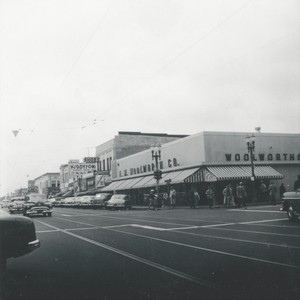 R. Lutes photograph of downtown Santa Ana on Fourth Street