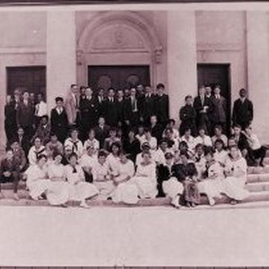 MHS Class of 1919 - Monrovia High School