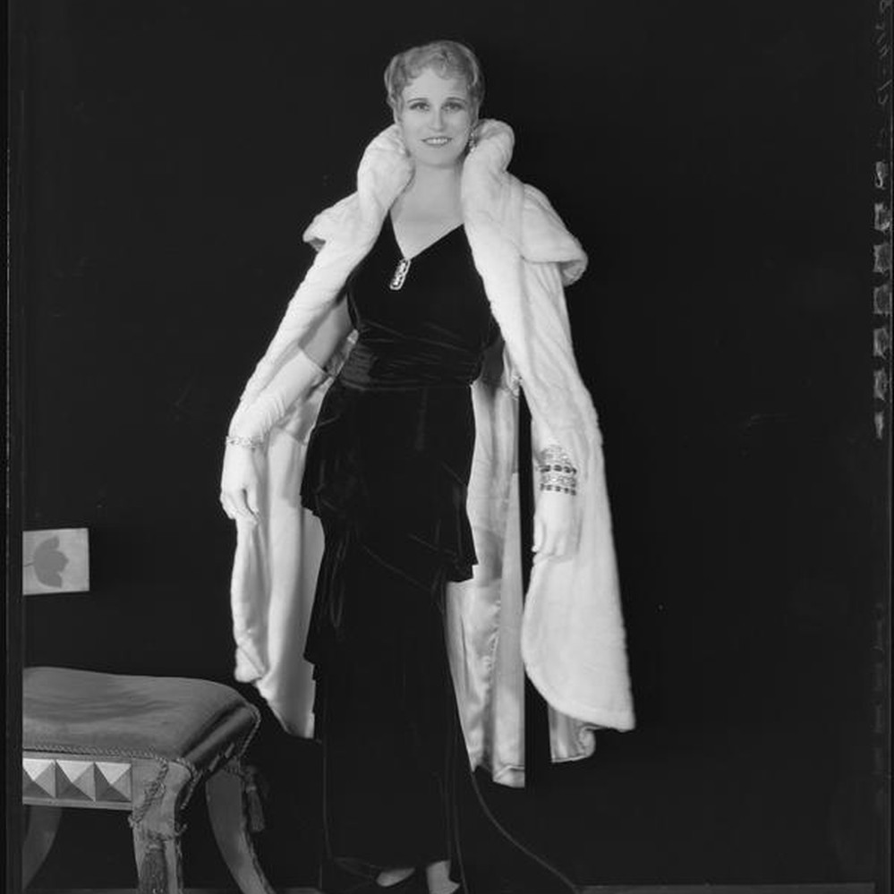 6d21910c0 Ermine Fur Coat By Max 1930s - Tradingbasis