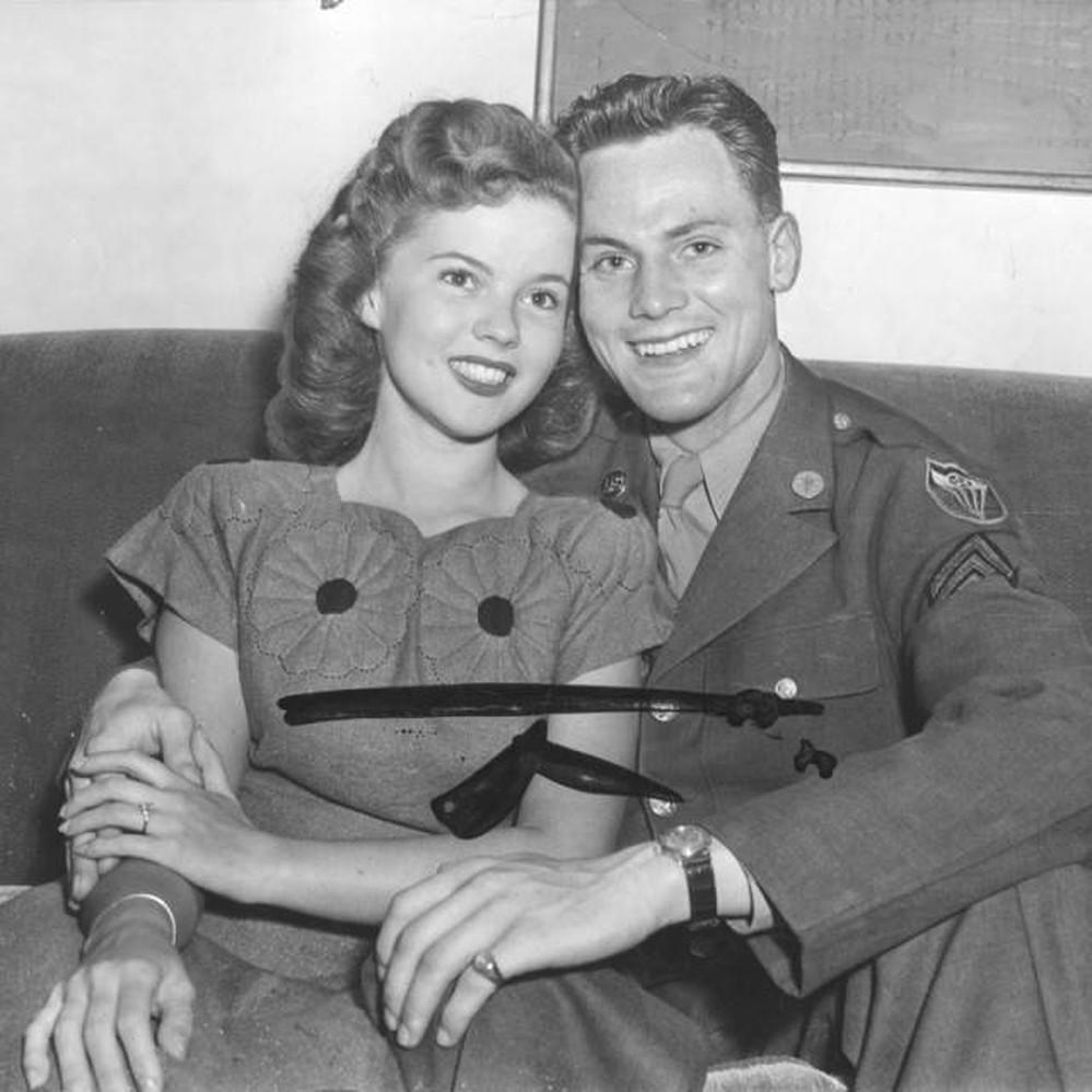 Shirley Temple and John Agar Jr â Calisphere