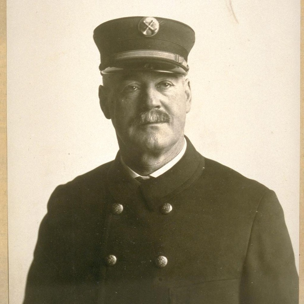 Calisphere: Bat  Chief Fred Grate, S F  [San Francisco] Fire